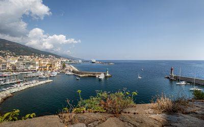 Découvrir la beauté incomparable de la Corse